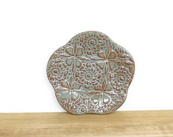 Textured Stoneware Clay Trinket Plate in Sage Green Glaze