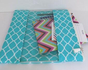 "XL Zip Storage Bag Pouch Clear Window (approx 12"" x 12"") Turquoise  Quatrefoil"