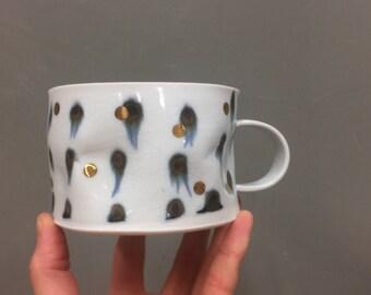 gold dots - porcelain crumple cup