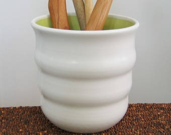 Beehive Utensil Crock in Lime Green, Ceramic Utensil Holder, Stoneware Pottery Utensil Caddy, Kitchen Organizer