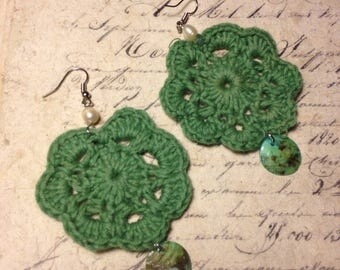 Crocheted Earrings - Apple green with dangling coin