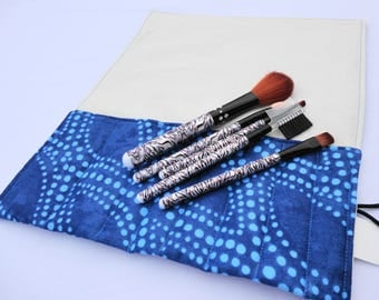 Makeup Brush Roll, Cosmetic Brush Roll - Blue Dot