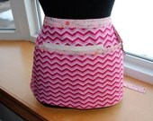 Handmade Vendor ApronZipper  Utility Craft Farmers Market Pink Chevron