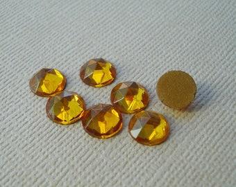 12 Vintage 8mm Topaz Rauten Rose Gold Foiled Flat Back Faceted Glass Cabs