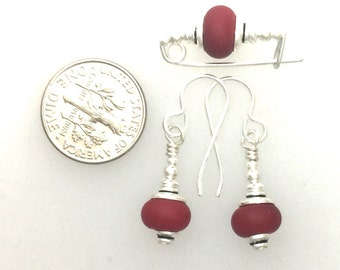 Earrings and Small Bar Pin Set #5 Tomato Red