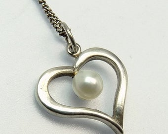 Sterling Silver Cultured Pearl Heart Pendant Necklace