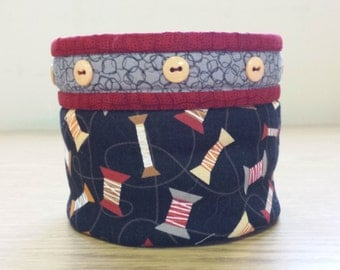 Quilted Fabric Bowl - Spools of Thread (EDQB25)