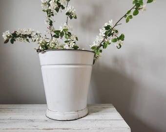 Vintage White Enamel Bucket,  Garden, Home Decor, Rustic Pail, Cottage Decor, Farmhouse Decor,