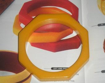 vintage bakelite octagon geometric yellow bangle bracelet