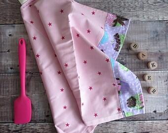 Cup cake Tea Towel, pink star tea towel, cake tea towel, gift for baker, gift for cook, kitchen towel, kitchen stuff