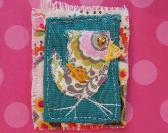Hand Embroidered Brooch Fabric Bird Design Ready to Ship FREE SHIP YelliKelli