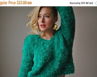ON SALE 1980s Shaggy Emerald Sweater~Size Extra Small to Medium