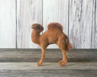 Kunstlerschutz Camel Flocked Camel NOS Brand New Camel Figurine Wagner-Tiere Handwork West Germany
