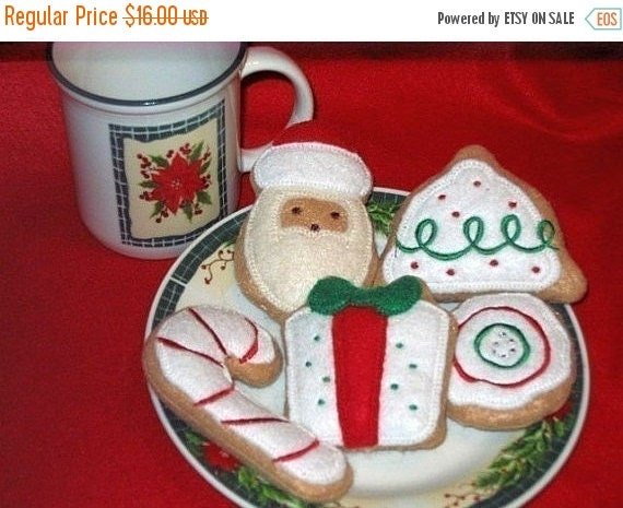 After Christmas sale Felt play Christmas Cookies Set Of 5 Play food Pretend food Perfect for play kitchens #2514