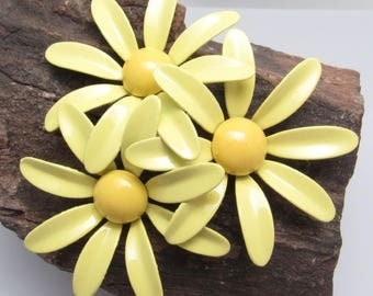 Large Yellow Flower Brooch Trio Vintage Sixties Jewelry P7778