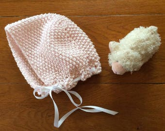 Seed Stitch Baby Bonnet Knitting Pattern PDF