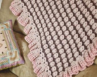 Crochet PATTERN - Ruffle Blanket