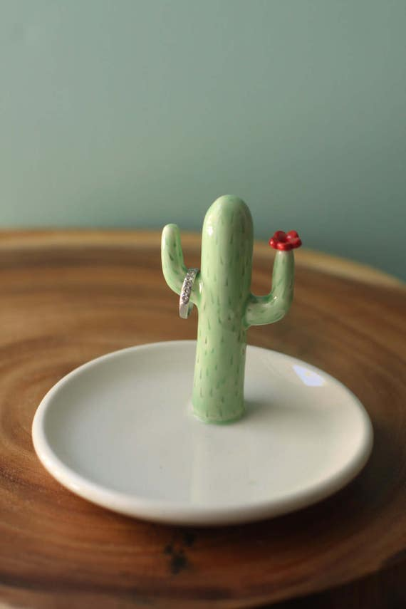 saguaro cactus ring holder