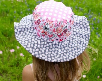 Sun hat with flowers and butterflies, colorful wide brim hat for children, babies, toddlers