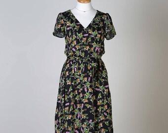 Yaletown Dress & Blouse ,Paper Pattern by Sewaholic