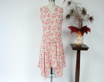 2 DAY SALE - Vintage 1920s Dress - Gorgeous Deco Bamboo Print Cotton 20s Day Dress with Handkerchief Hem