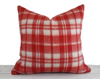 Red White Rustic Pillows, Plaid Pillow Covers, Red Throw Pillow, Red Plaid Pillow, Wool Textured Cushion, Rustic Winter Home Decor, 20x20
