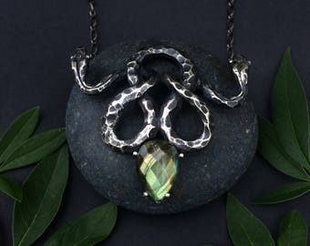 Two Headed Snake Necklace, Labradorite Setting, Nehebkau Design, Sterling Silver,  Jamie Spinello