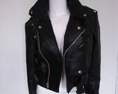 Vintage Biker Leather Jacket size Small