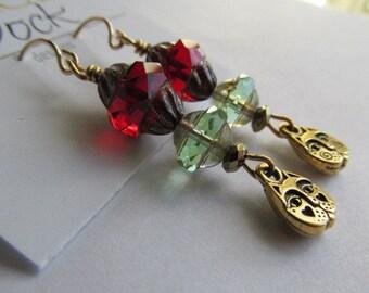 Cat Face Earrings, Cat earrings, Czech Glass Bead Earrings, Earrings, Gold Earrings, Tracee Dock, The Classic Bead