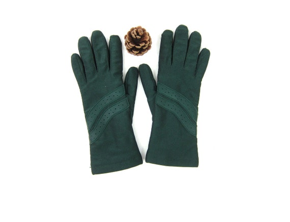 Green driving Gloves Thinsulate Lined Women's stretchy Vintage Gloves Dress Up Retro gloves Women's Size Medium
