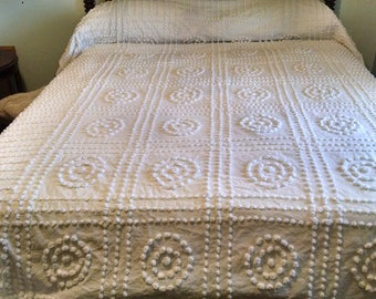 Chenille Bedspread /  White on White Pops / Square  and Circle Pattern /  Vintage Bedding / Twin Chenille / 103 Long 74 Wide / #2