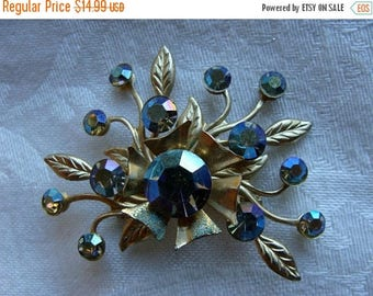 ON SALE Gorgeous Mother of Pearl type Rhinestone  Vintage Brooch