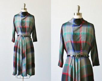 Vintage 1950s Plaid  Dress / Dolman Sleeves / Belted