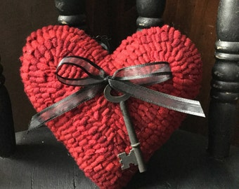 Primitive Folk Art Hooked Rug Red Heart with key