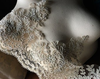SAMPLE GoLD Champagne Lace Alencon Bridal Lace Scalloped for Bridal Gowns, Veils, Costumes AL 9