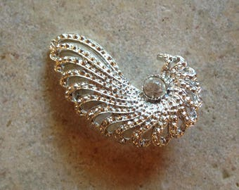 Silvertone Chambered Nautilus Brooch by Sarah Coventry