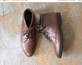 SALE brown ankle boots, vintage 80s lace up leather boots, danexx boots, size 6.5 boots
