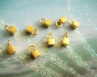Gold Cube Charms Dangles, 24kt Vermeil, 5mm, 3D,  Select your quantity