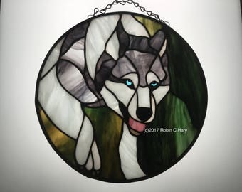 Wolf 10 inch Circle Panel in Stained Glass