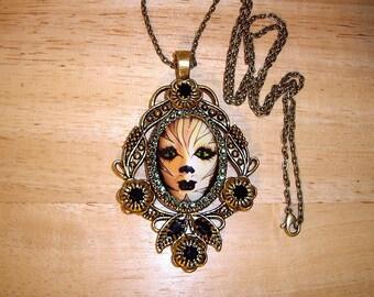 """Cat Mask Pendant Necklace Art Bubble Cameo 24"""" Chain Goldtone"""