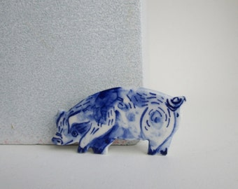 Pig Pin - Brooch - Handpainted Blue Delft Porcelain - unique hand made - Dutch Blue - farm animal
