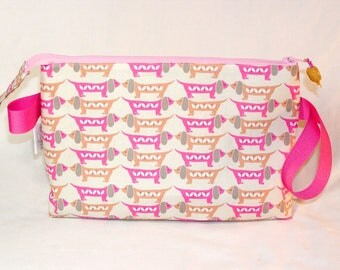 Nose-to-Nose Dachshunds in Pink Tall Mia Bag - Premium Fabric
