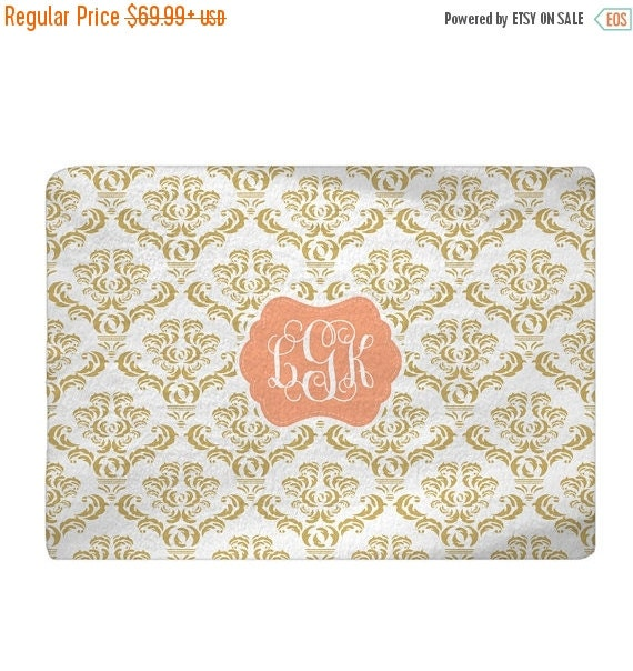 On Sale Shabby Chic Damask Gold Amp White With Peach By