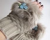 NEW YEAR CLEARANCE New Blue Gold Floral Czech Glass Beaded Beige Faux Fur Fingerless Knit Mittens