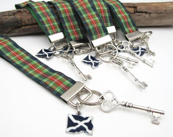 NEW Dark Blue Green Tartan Lanyard - Keychain - Dangling Scottish Flag & Skeleton Key