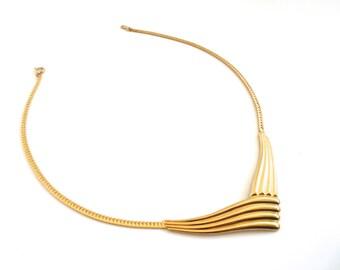 Vintage 80's Avon // Gold Chevron Neckplate Necklace