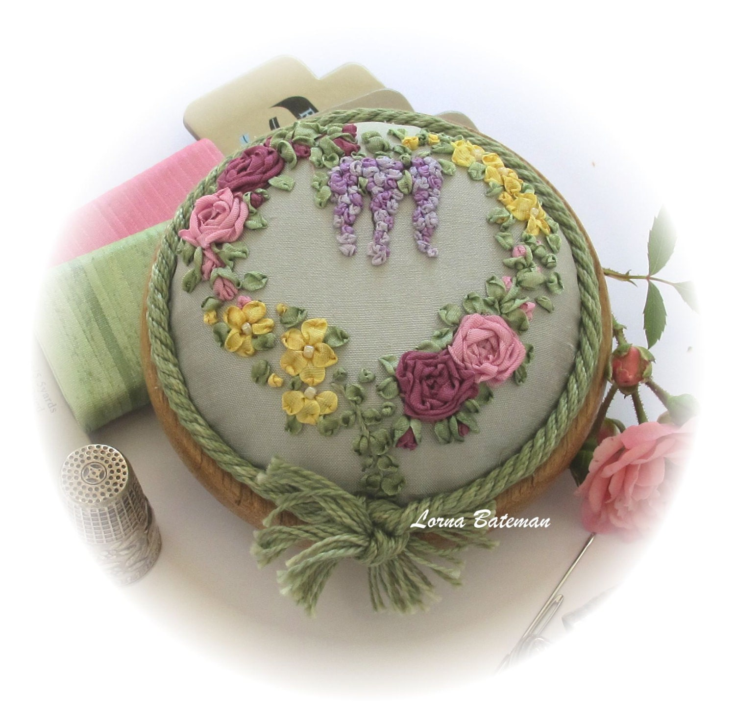 Silk ribbon embroidery pp b roses and wisteria heart