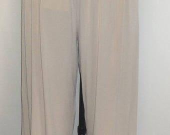 Plus Size Pants, Lagenlook, Coco and Juan Plus Size Capris, Beige Sand Traveler Knit Crop Pant, Size 2 fits 3X, 4X