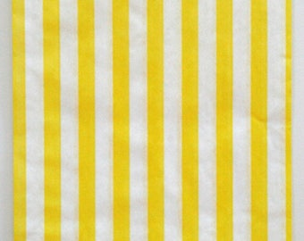 Set of 25 - Traditional Sweet Shop Yellow Candy Stripe Paper Bags - 5 x 7 New Style