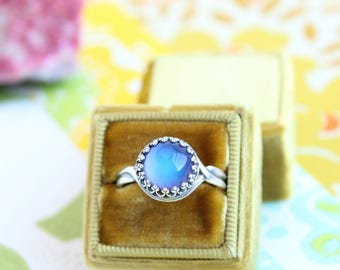 Silver Mood Ring, Vintage Inspired, Color Changing Mood Stone, Mood Jewerly, As Seen on Kacey Musgraves
